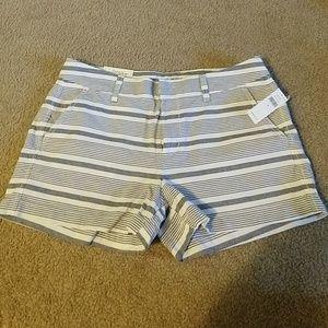 GapFactory 3inch inseam stripe short